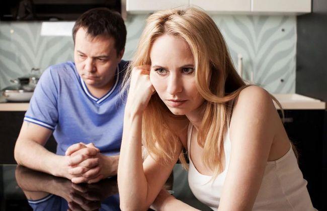 Мужской взгляд: 10 женских поступков, которые хуже измены!
