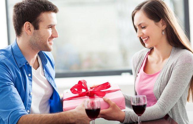 Мужчина не дарит подарки. Как это исправить?