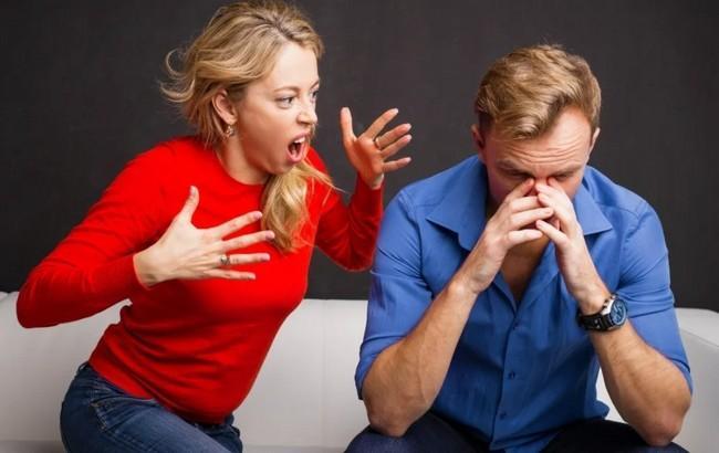 7 женских привычек, которые серьёзно раздражают мужчин