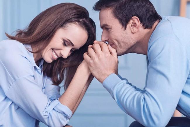 6 способов узнать, что мужчина влюблен. Как не ошибиться в своих догадках