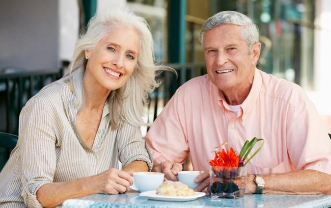«На вес золота»: 7 советов супругам от пар, которые прожили вместе всю жизнь