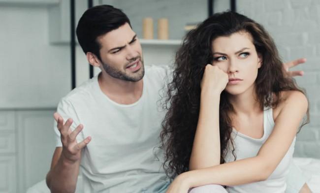 7 привычек, которые «отравляют» отношения и гасят даже крепкие чувства