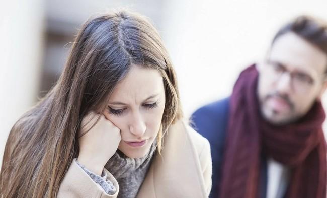 3 вида мужского предательства, которые женщины обычно терпят (а не надо бы)
