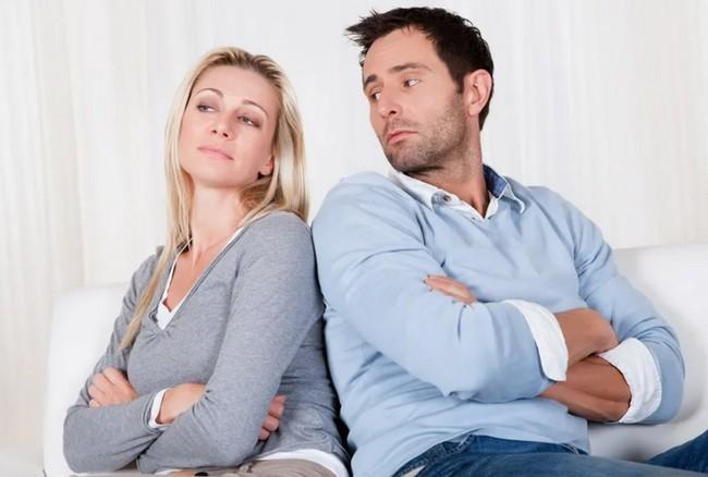 5 качеств женщины, которая тянет своего мужчину вниз (с такой не «вырастут крылья»)
