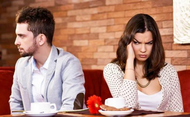 5 фраз мужчины, которые отталкивают женщин от любых отношений с ним